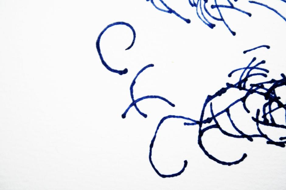 potere andrea_d'amore ragno_arte_contemporanea ragnetti_rossi colore_rosso.JPG