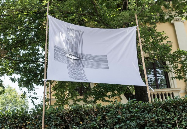 Flag installed at Villa Romana Firenze. ph Okno_studio